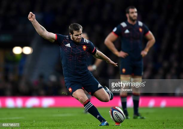 Camille Lopez of France kicks a penalty during the RBS Six Nations match between England and France at Twickenham Stadium on February 4 2017 in...