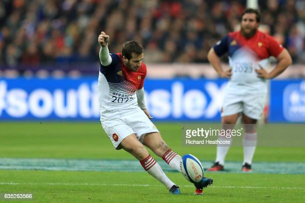 Camille Lopez of France kicks a penalty during the RBS Six Nations match between France and Scotland at the Stade de France on February 12 2017 in...