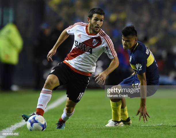 Camilo Mayada of River Plate drives the ball during a match between Boca Juniors and River Plate as part of Torneo Primera Division 2016/17 at...