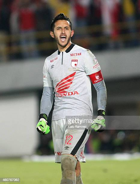 Camilo Vargas goalkeeper of Independiente Santa Fe celebrates the victory against Deportivo Independiente Medellin during a second leg final match...