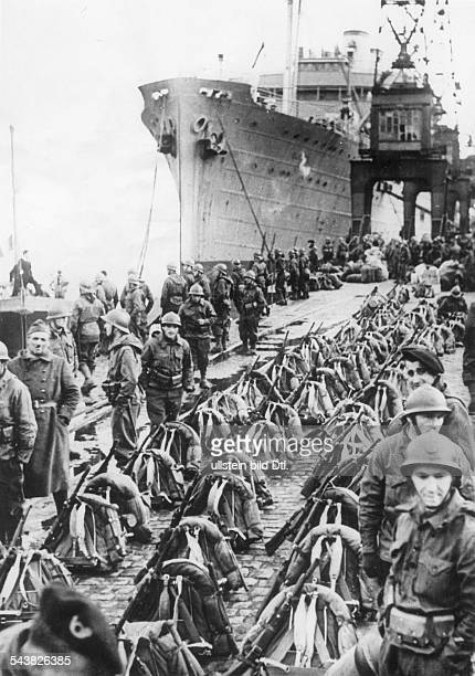 2 WW campaign of Denmark_Norway from on Norway Combat for narvik 0904View of a french quayside with troops preparing to embark for Narvik