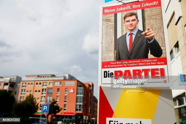 A campaign placard of Gaulands challengers in Wahlkreis 63 and youngest candidate for upcoming general elections Floris Beer of the satirical party...