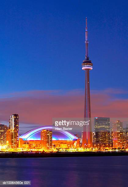 Canada, Toronto, cityscape with CN Tower at sunset