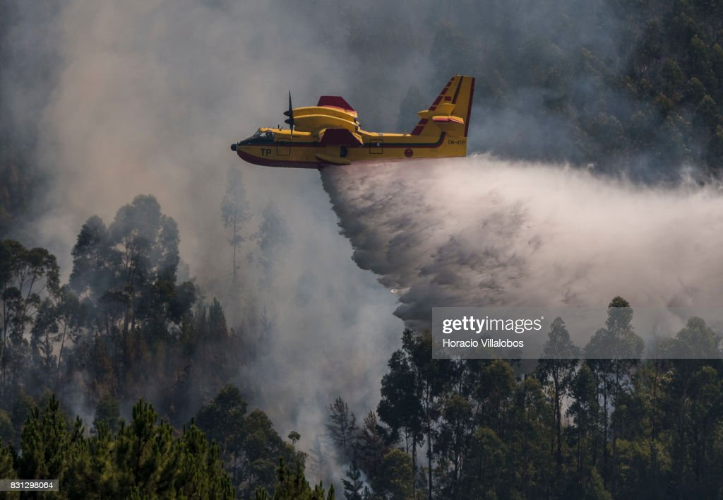 canadair-cl215-firefighting-amphibious-a