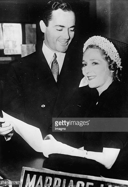 Canadian actress and her husband Charles Rogers at the civil registry office in Los Angeles June 29th 1937 Photograph Mary Pickford kanadische...