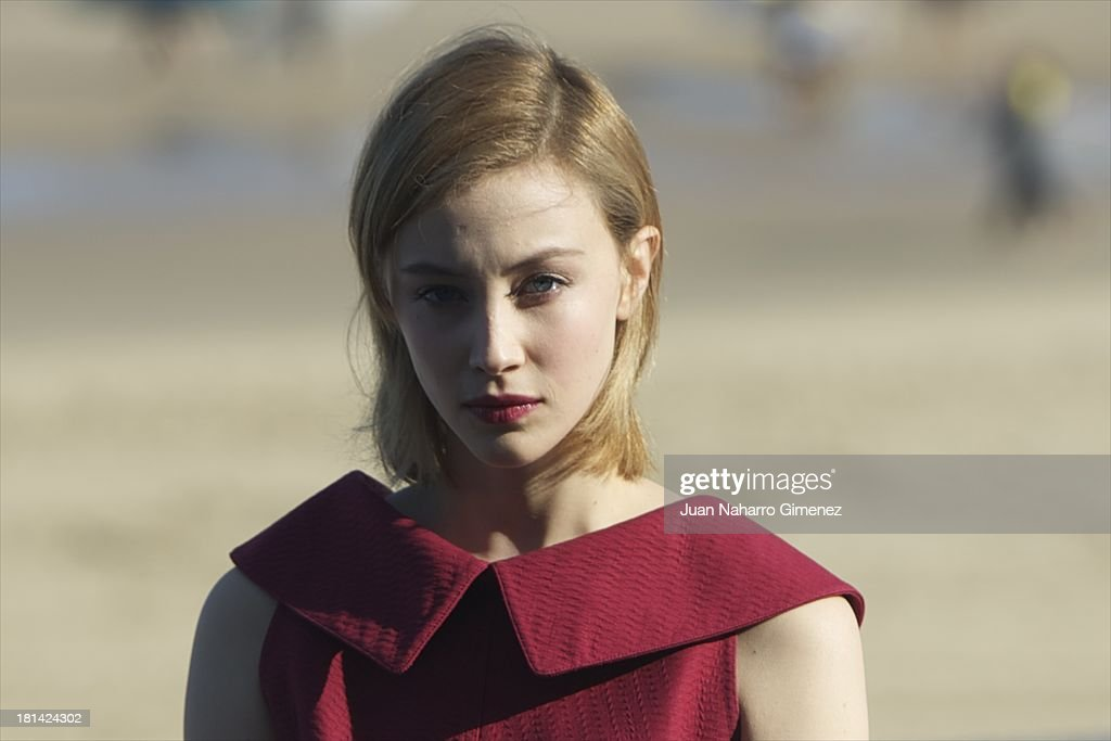 Canadian actress <a gi-track='captionPersonalityLinkClicked' href=/galleries/search?phrase=Sarah+Gadon&family=editorial&specificpeople=6606524 ng-click='$event.stopPropagation()'>Sarah Gadon</a> attends 'Enemy' photocall at Kursaal on September 21, 2013 in San Sebastian, Spain.