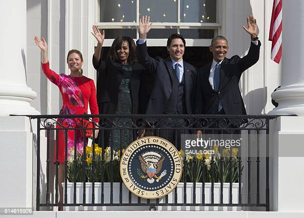 Canadian First Lady Sophie GrégoireTrudeau US First Lady Michelle Obama Canadian Prime Minister Justin Trudeau and US President Barack Obama wave...