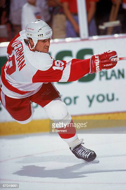 Canadian hockey player Steve Yzerman of the Detroit Red Wings fires a shot 1990s