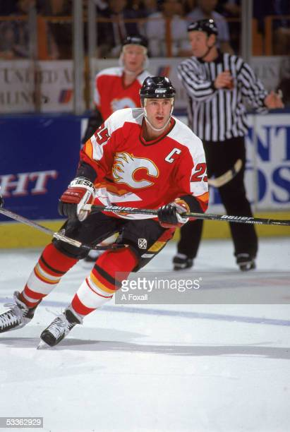 Canadian professional hockey player Joe Nieuwendyk captain of the Calgary Flames plays in a road game against the Kings at the Great Western Forum...
