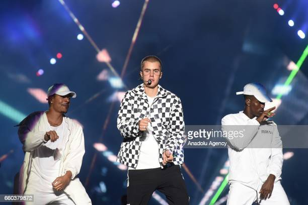 Canadian singer Justin Bieber's performs on stage at Apoteose Sapucai Rio de Janeiro Brazil on March 29 2017 More than 30 thousand people attended...