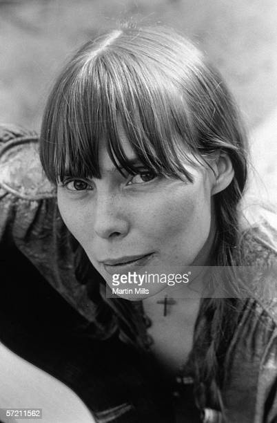 Singer and songwriter Joni Mitchell poses for a portrait in 1970