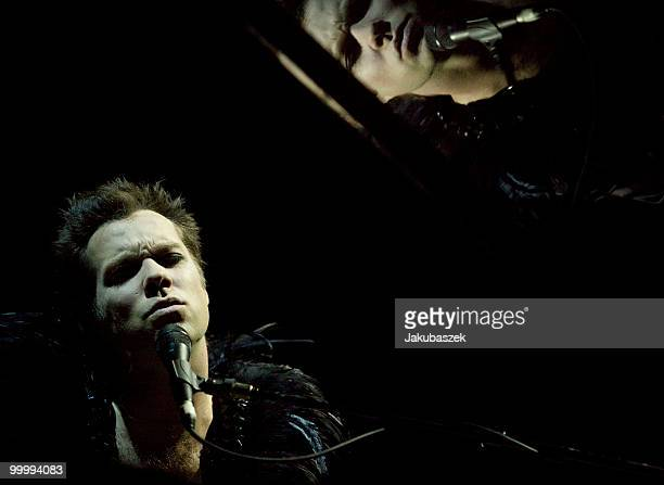 CanadianAmerican singer songwriter Rufus Wainwright performs live during a concert at the Volksbuehne on May 19 2010 in Berlin Germany