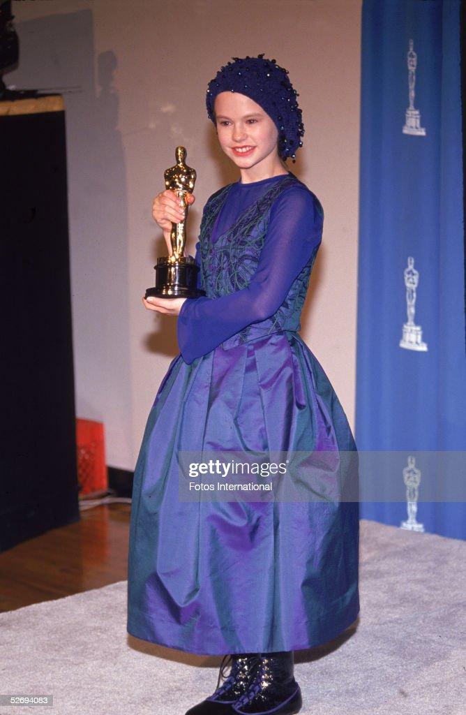 Oscar Fashions Past