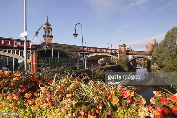 Canal Vista da Cidade de Manchester, Inglaterra