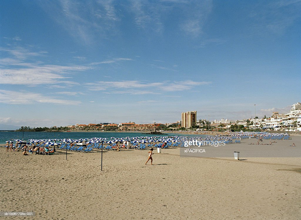 Canary Islands, Tenerife, Playa De Las Americas, sunloungers on beach