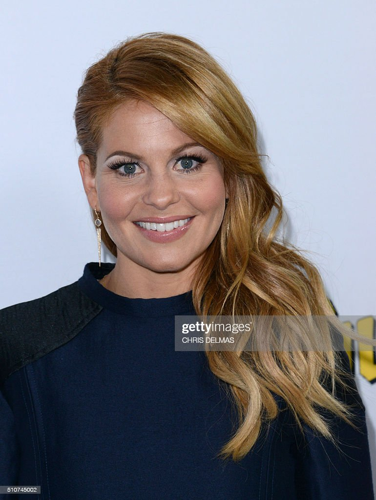 Premiere of netflix 39 s fuller house arrivals getty images for Housse california