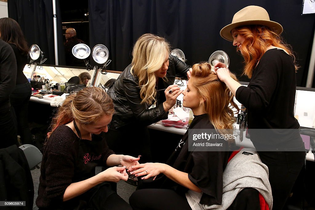 Candace Cameron-Bure prepares backstage at The American Heart Association's Go Red For Women Red Dress Collection 2016 Presented By Macy's at The Arc, Skylight at Moynihan Station on February 11, 2016 in New York City.