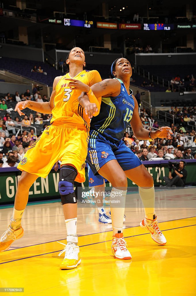 <a gi-track='captionPersonalityLinkClicked' href=/galleries/search?phrase=Candace+Parker&family=editorial&specificpeople=752955 ng-click='$event.stopPropagation()'>Candace Parker</a> #3 of the Los Angeles Sparks boxes out against <a gi-track='captionPersonalityLinkClicked' href=/galleries/search?phrase=Kia+Vaughn&family=editorial&specificpeople=4220876 ng-click='$event.stopPropagation()'>Kia Vaughn</a> #15 of the New York Liberty at Staples Center on June 21, 2011 in Los Angeles, California.