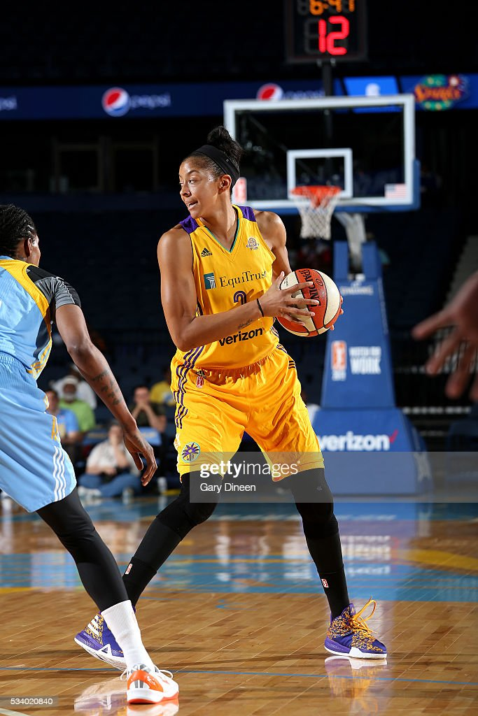 <a gi-track='captionPersonalityLinkClicked' href=/galleries/search?phrase=Candace+Parker&family=editorial&specificpeople=752955 ng-click='$event.stopPropagation()'>Candace Parker</a> #3 of the Los Angeles Sparks handles the ball during the game against the Chicago Sky on May 24, 2016 at the Allstate Arena in Chicago, Illinois.