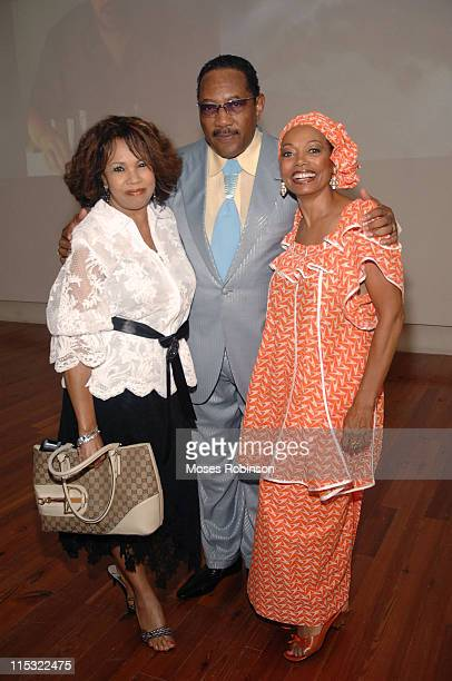 Candi Staton Dr Bobby Jones and Florence Larue during King Foundation Hosts PreAwards Dinner at the Graycliff Restaurant at Graycliff Restaurant in...