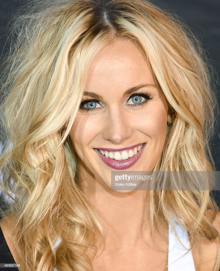 <a gi-track='captionPersonalityLinkClicked' href=/galleries/search?phrase=Candice+Crawford&family=editorial&specificpeople=5127745 ng-click='$event.stopPropagation()'>Candice Crawford</a> attends DIRECTV Super Saturday Night - Arrivals at DIRECTV SuperFan Stadium on January 31, 2015 in Phoenix, Arizona.