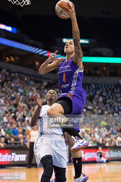 Candice Dupree of the Phoenix Mercury drives to the basket against the Minnesota Lynx during Game One of the WNBA Western Conference Finals on...