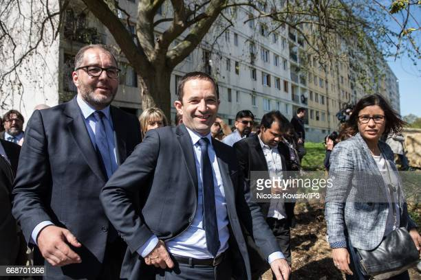 Candidate of the Socialist Party for the 2017 French Presidential Election Benoit Hamon meets inhabitants of the Parisian suburbs on April 12 2017 in...
