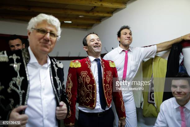 Candidate of the Socialist Party for the 2017 French Presidential Election Benoit Hamon attends a Landes race in a Matador costume on April 17 2017...