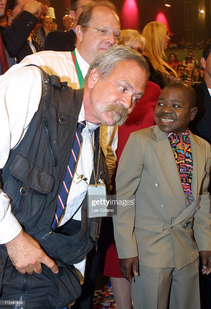 Candidates Gary Leonard, left, and former child star Gary Coleman, right, appear with others of the ninety candidates for governor of California on the set of the 'Tonight Show with Jay Leno' September 22, 2003.