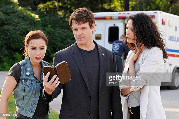 WAREHOUSE 13 'Cangku Shisi' Episode 505 Pictured Allison Scagliotti as Claudia Donovan Eddie McClintock as Pete Lattimer Joanne Kelly as Myka Bering