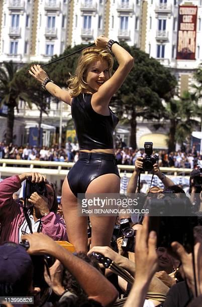 Cannes 96 EHerzigova Poses For Helmet Newton In Cannes France On May 1996Eva Herzigova Photo Session for Helmut Newton