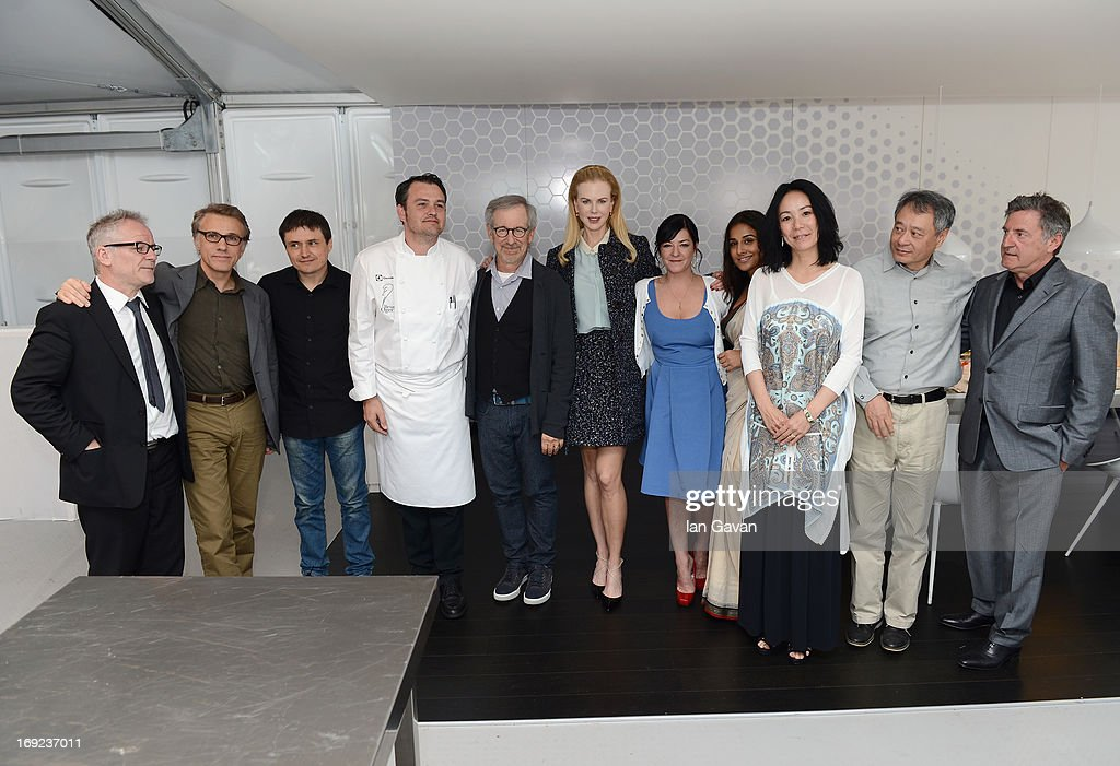 Cannes festival director thierry fremaux christoph waltz for Table 22 cannes