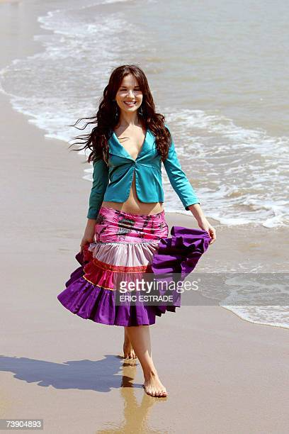 Uruguayan actress Natalia Oreiro who plays in the TV show 'Sos Mi Vida' poses 17 April 2007 during the 44th edition of the MIPTV the world's...
