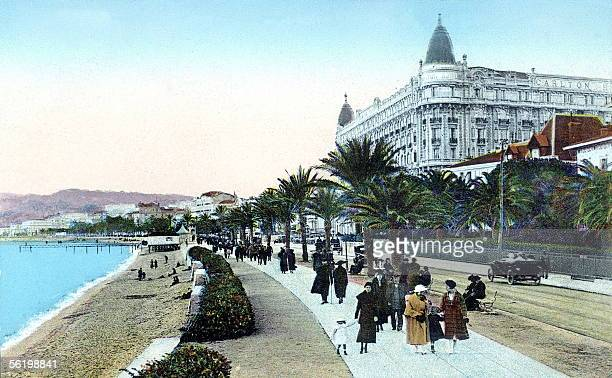 Cannes The Croisette promenade End of the years 1910