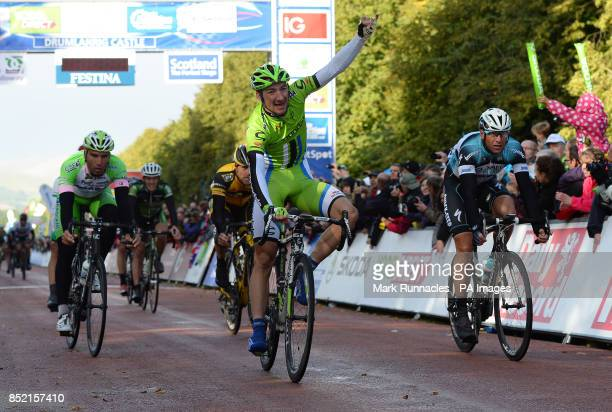 Cannondale's Elia Viviani wins the first stage of the 2013 Tour of Britain between Peebles and Drumlanrig Castle