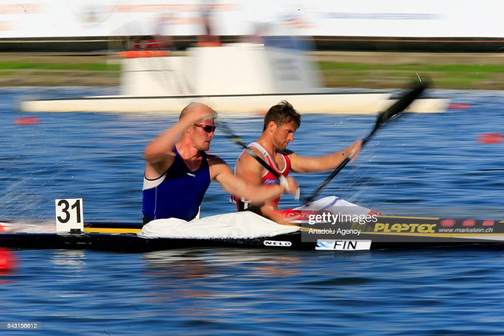 Canoeists are seen during the men's K1 5000 m final race at the ECA Canoe Sprint European Championships 2016 in Moscow, Russia on June 26, 2016.