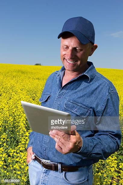 キャノーラの農家やコンピューター