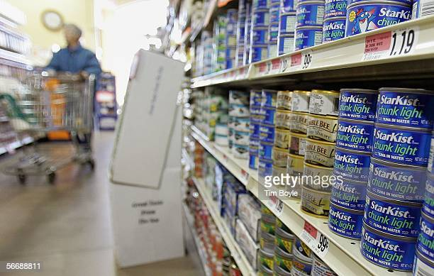 Cans of tuna fish are displayed in a grocery store January 27 2006 in Des Plaines Illinois New data released by the Food and Drug Administration this...