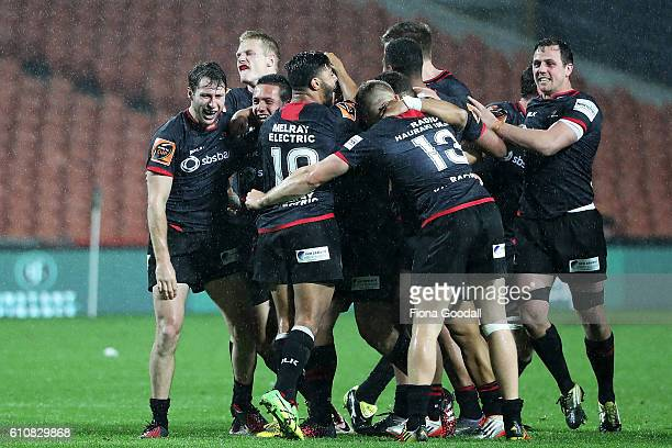 Canterbury celebrate winning the ranfurly Shield during the round seven Mitre 10 Cup match between Waikato and Canterbury on September 28 2016 in...