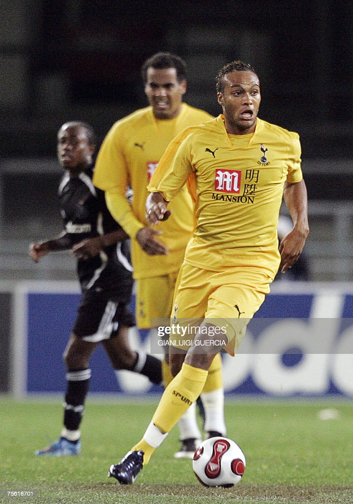 Tottenham Hotspurs defender Younes Kaboul breakes through 24 July 2007 Orlando Pirates during the Vodacom Challenge match at Newlands stadium in Cape...