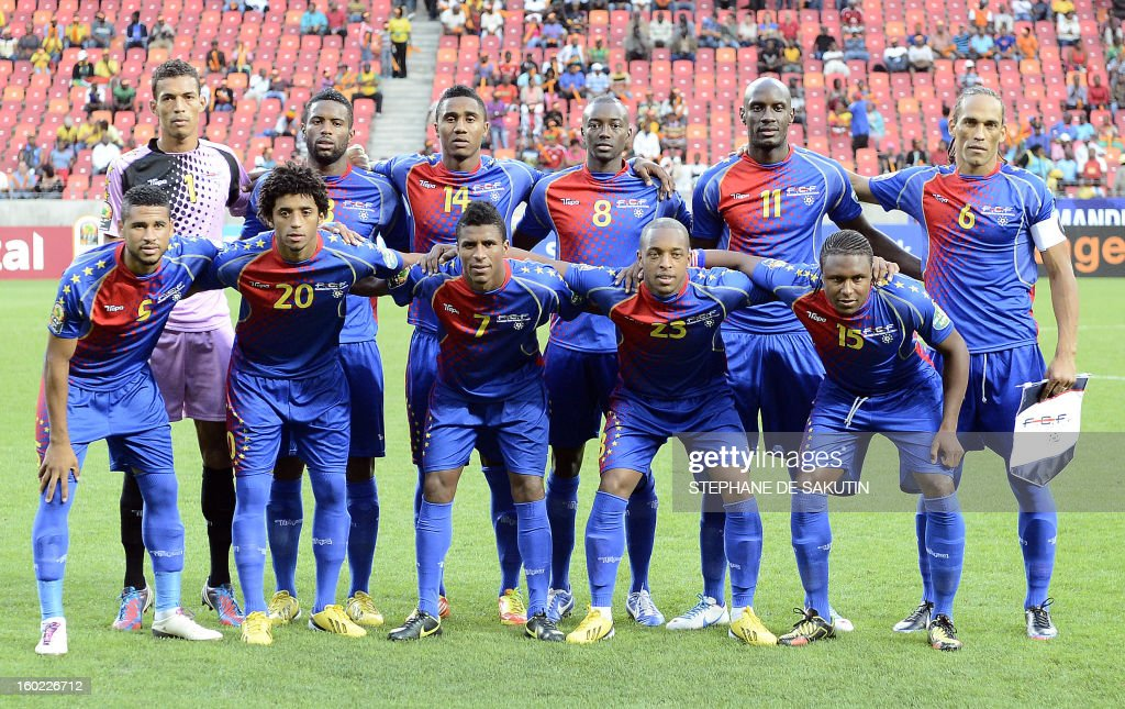 Cape Verde's national football team poses on January 27, 2013 before a 2013 African Cup of Nation Group A football match against Angola at Nelson Mandela Bay Stadium in Port Elizabeth. Front row, from left : midfielder Babanco Cape, forward Ryan Mendes, midfielder Platini, defender Carlitos, midfielder Marco Soares. Back row, from left : goalkeeper Vozinha, defender Nivaldo, defender Gege, midfielder Toni Varela, forward Julio Tavares, defender Nando.