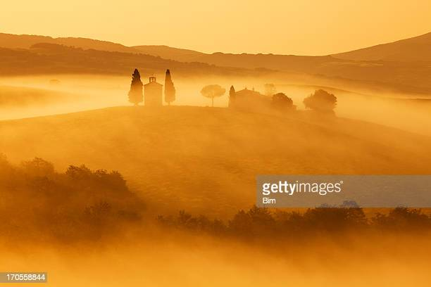 Capella di Vitaleta, Morning Fog, Sunrise Light, Tuscany, Italy