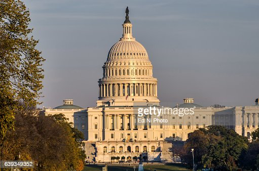 US Capitol, house of Congress, with sunset light : Foto stock
