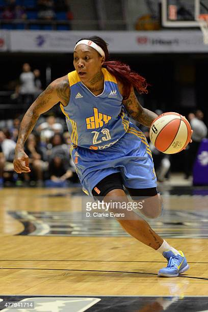 Cappie Pondexter of the Chicago Sky drives to the basket against the San Antonio Stars on June 20 2015 at Freeman Coliseum in San Antonio Texas NOTE...