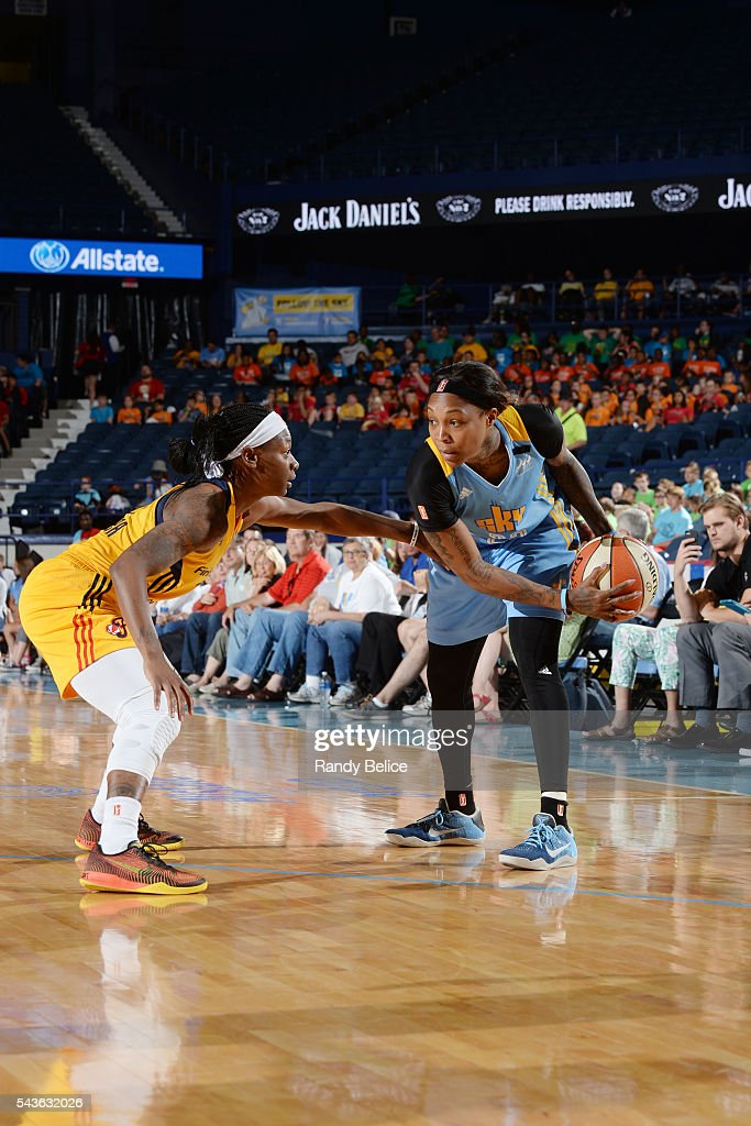 <a gi-track='captionPersonalityLinkClicked' href=/galleries/search?phrase=Cappie+Pondexter&family=editorial&specificpeople=544600 ng-click='$event.stopPropagation()'>Cappie Pondexter</a> #23 of the Chicago Sky handles the ball against the Indiana Fever on June 29, 2016 at Allstate Arena in Rosemont, IL.