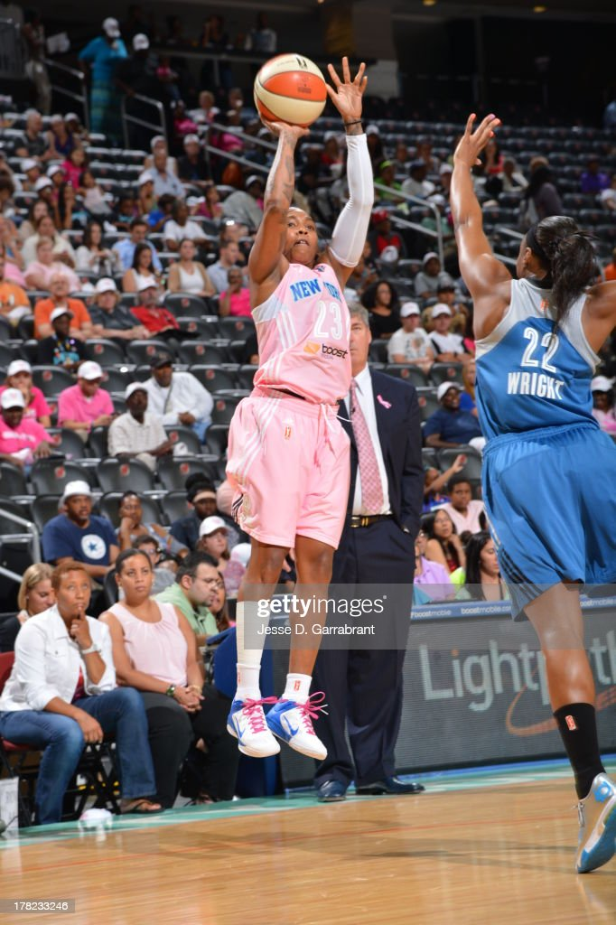 <a gi-track='captionPersonalityLinkClicked' href=/galleries/search?phrase=Cappie+Pondexter&family=editorial&specificpeople=544600 ng-click='$event.stopPropagation()'>Cappie Pondexter</a> #23 of the New York Liberty shoots against the Minnesota Lynx during the game on August 27, 2013 at Prudential Center in Newark, New Jersey.