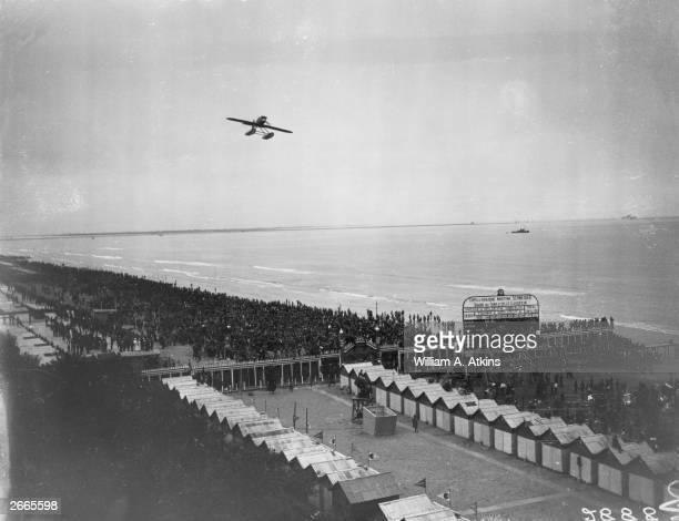 Capt Fernando Guazzetti flies over the Venice Lido in an Italian Macchi Fiat M52 seaplane during the 1927 Schneider Trophy race