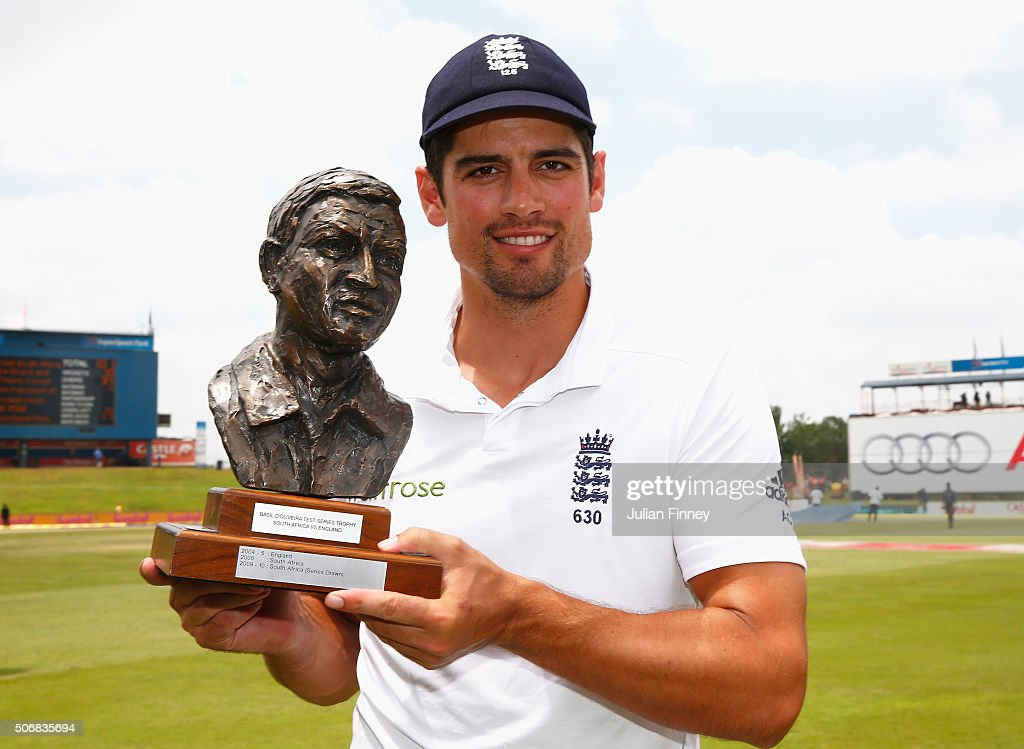 Captain <a gi-track='captionPersonalityLinkClicked' href=/galleries/search?phrase=Alastair+Cook+-+Jogador+de+cr%C3%ADquete&family=editorial&specificpeople=571475 ng-click='$event.stopPropagation()'>Alastair Cook</a> with the Basil D'Oliveira trophy after winning the series during day five of the 4th Test at Supersport Park on January 26, 2016 in Centurion, South Africa.