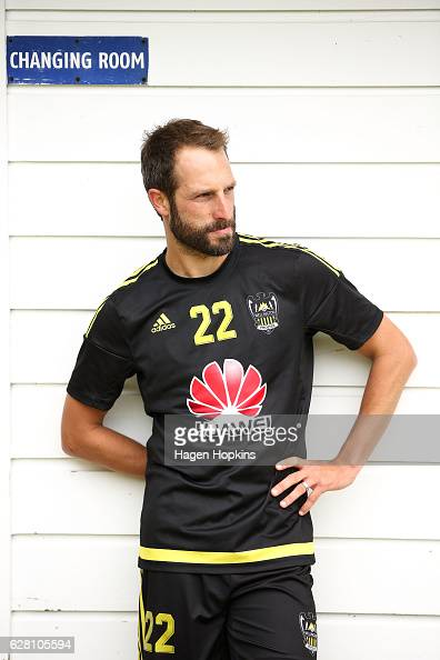 Captain Andrew Durante looks on during a Wellington Phoenix ALeague training session at Newtown Park on December 7 2016 in Wellington New Zealand