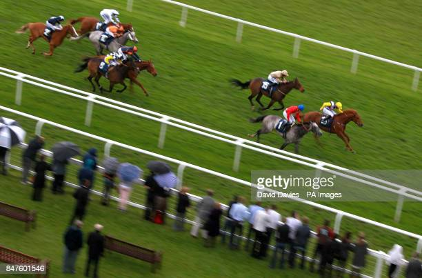 Captain Bertie ridden by William Carson wins the Berry Bros Rudd Magnum Spring Cup during the Dubai Duty Free Weekend Emergency Services Family Fun...